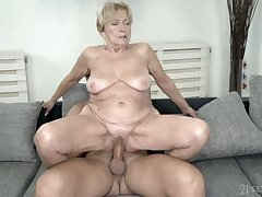 Abandoned ugly mature cock rider Malya wanna take a solid blowjob first be incumbent on all