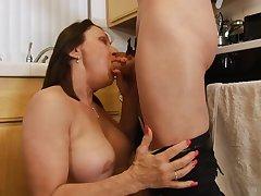 Cougar Jillian Foxxx in a Hardcore Action 720p