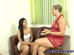 Big bottomed Luana Matrix has lured talkative lesbo for horny sex