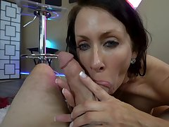 nothing can amuse sweltering Reagan Foxx painless a strong penis in her mouth