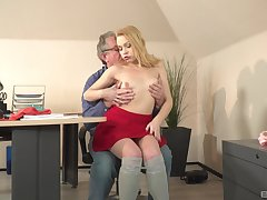 Petite puts doyenne inches up her pink cherry and throat