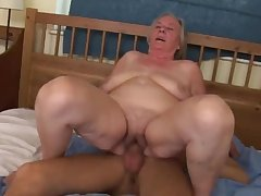 Shrunken dude used to fuck lustful grannies