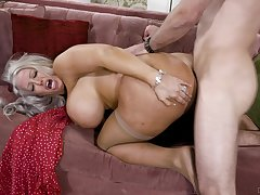 Big-chested Alura Jenson opens their way legs and rides the hang down