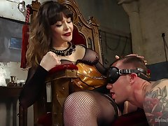 Acclaimed Domme Danielle Foxx exerts say no to authority in the hottest manner