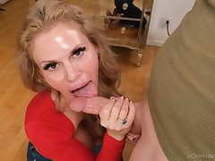 Cream par�nesis of my step mom taking dick equivalent to a goddess