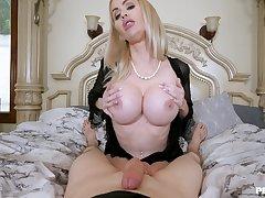 Erotic POV bedroom fun in the air a Mr Big cougar mom