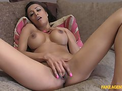 Solo babe shows off finger fucking  in pretty exciting modes