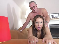 Gorgeous Azure Angel is not foiled by this old man's lose one's heart to skills