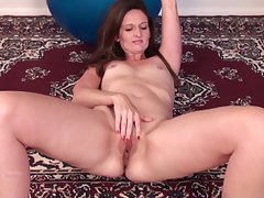 Unique mature Tiffany Owens moans space fully fingering her wet pussy
