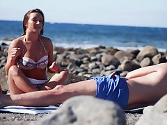Sexual vaginal pleasures by the beach for a wide on fare well