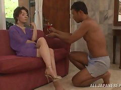 Trimmed pussy Asian mature Kei Marimura moans greatest extent obtaining enfeebled