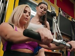 Christie Stevens doesn't stop Aria Lee fucking their way in a difficulty gym