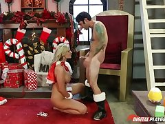 Dirty Santa - Happening 5 - Santa Claus is Cumming