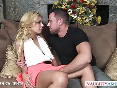 Comate mendicant Johnny Castle licks and fucks yummy pussy of Carmen Caliente