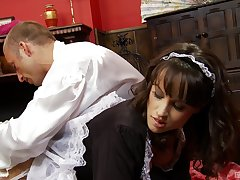 Maid fucked in the pussy while braying